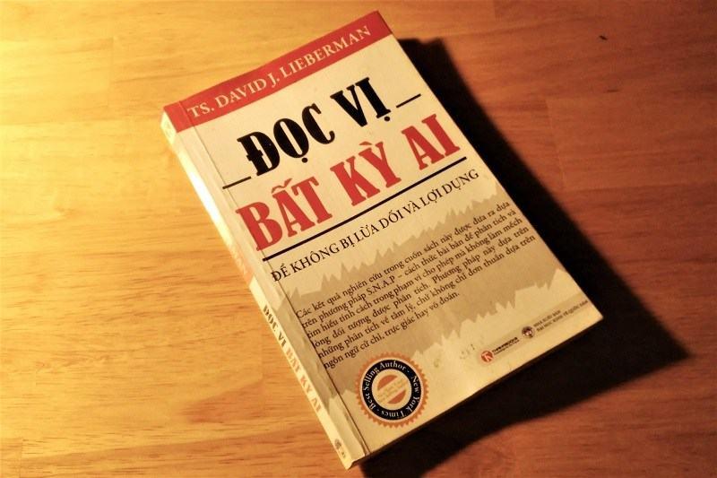 Review sách Đọc vị bất kỳ ai - Để không bị lừa dối và lợi dụng