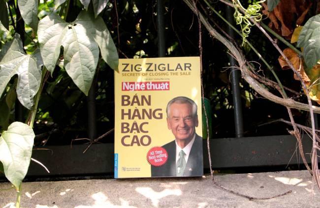 4 Cuốn sách mà người bán hàng nào cũng nên đọc - First News - Trí Việt