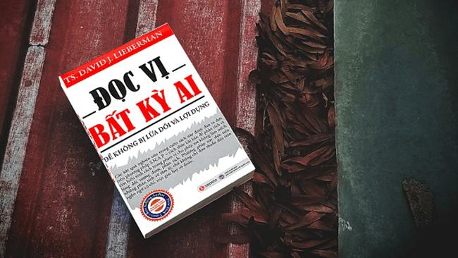 Review sách hay: Đọc vị bất kỳ ai – Cuốn sách nhất định phải đọc để không bị lừa dối và lợi dụng
