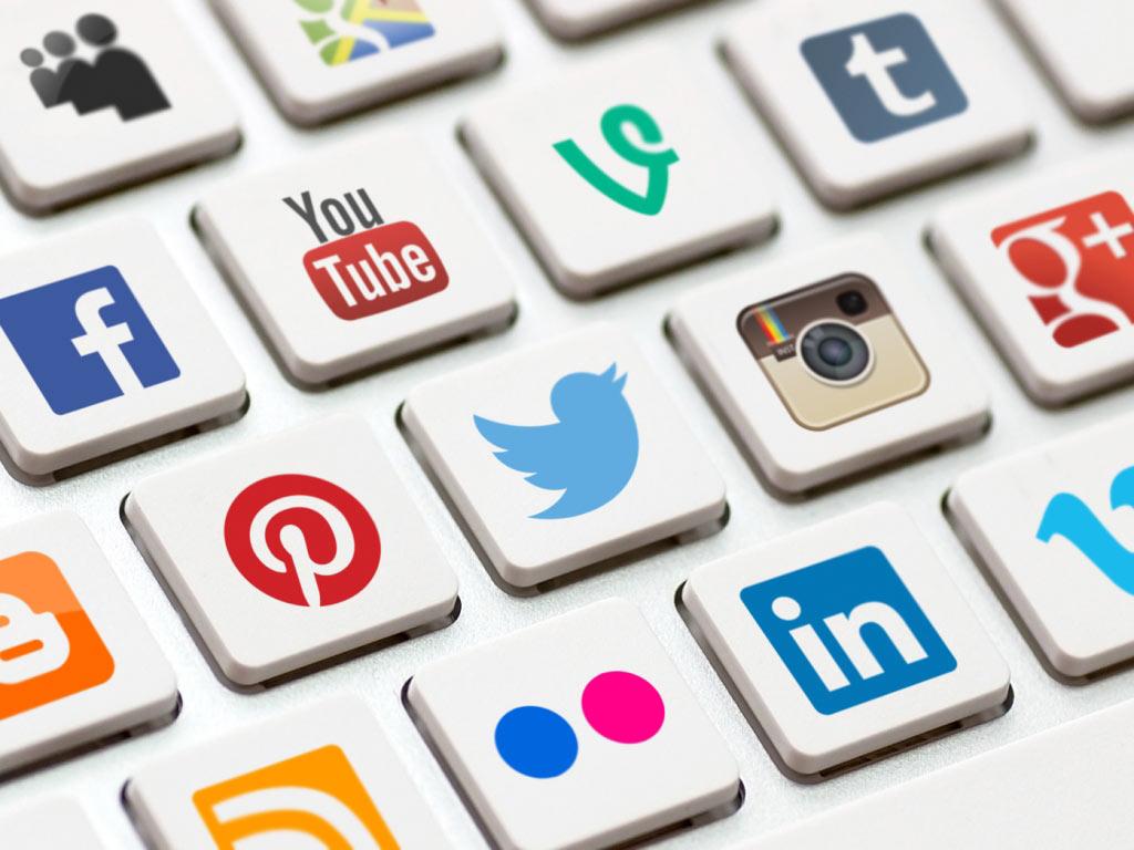 Mạng xã hội là công cụ hữu ích để nuôi dưỡng khách hàng tiềm năng