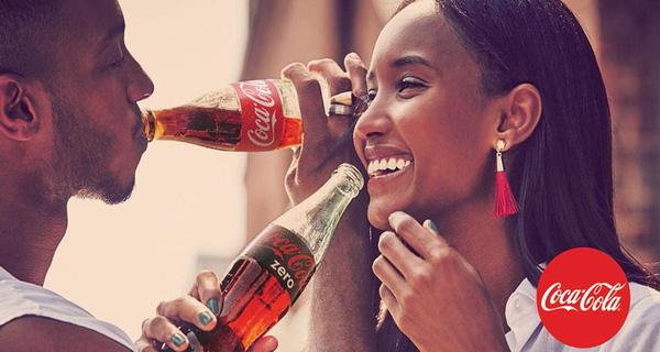Coca-Cola không còn là một thức uống giải khát mà còn là một thương hiệu của sự hạnh phúc, lạc quan